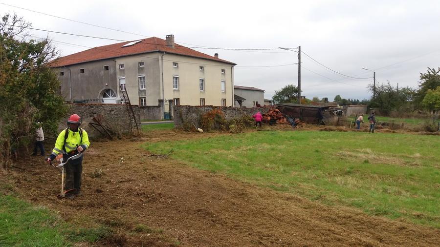 1-nettoyage-du-terrain-15-10-2016